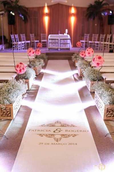 Passadeira para Casamento Personalizada.Fazemos a arte com o nome dos noivos ou o logo da sua empresa.Consulte preços .